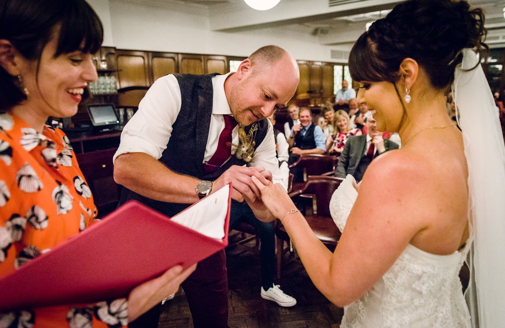 Nicola and Scott: cool city wedding at Hawksmoor Guildhall