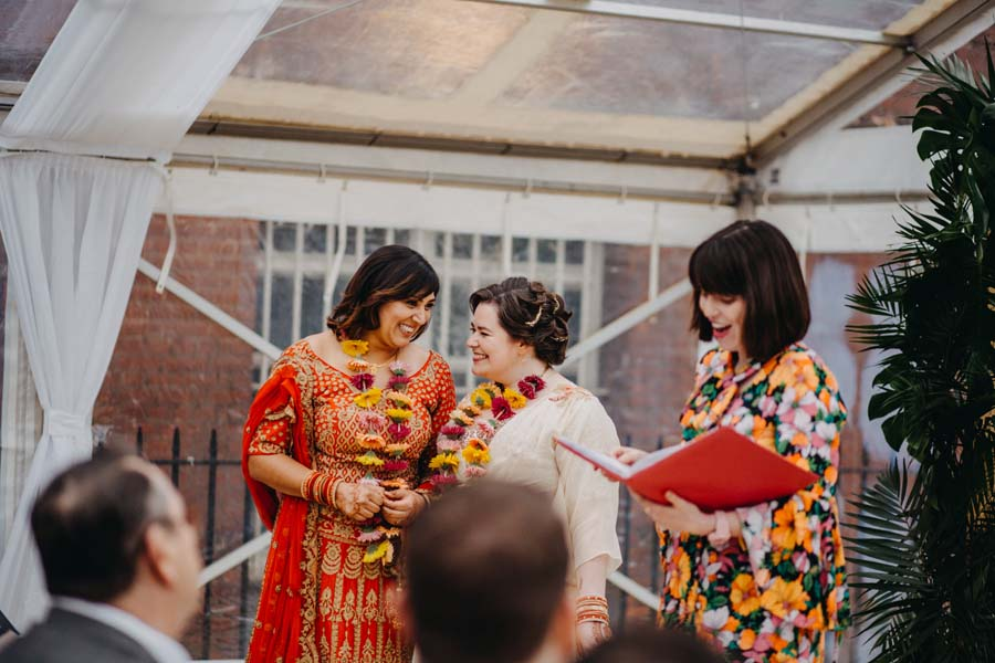 Kirsty and Reshma: Hinduism-inspired city wedding